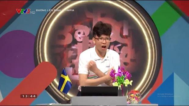 MC Diệp Chi phản ứng khi thí sinh Olympia bị chỉ trích khinh đối thủ-2