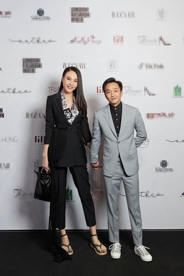 Đông Nhi - Đàm Thu Trang đụng hàng sandal 27 triệu nhưng style khác biệt-3