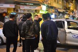 Ảnh: Nhiều bạn trẻ Hà Nội đi bar theo lệnh mở cửa nhưng ngậm ngùi ra về