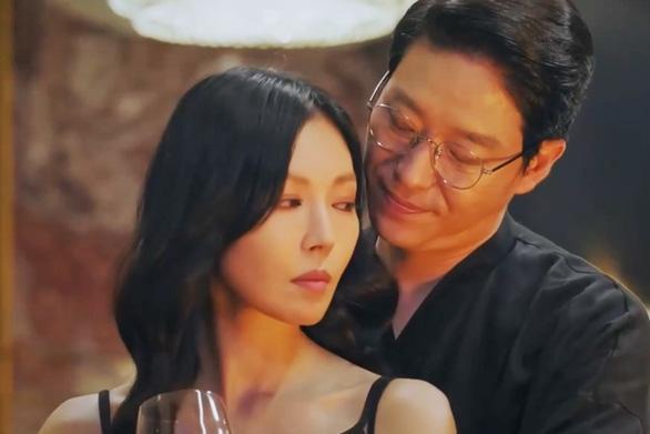 Kết cục bi thảm của vợ chồng bác sĩ Ha trong Penthouse 2-13