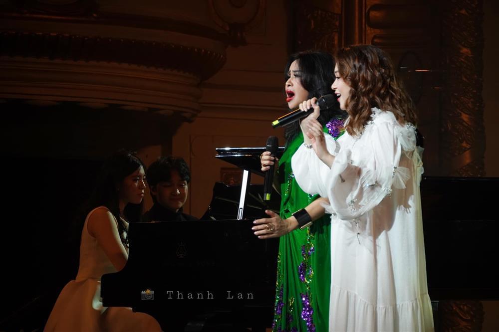 Diva Thanh Lam vô tình tiết lộ con gái mang thai?-2