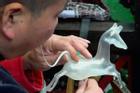 Món kẹo thổi từ đường mạch nha ở Trung Quốc