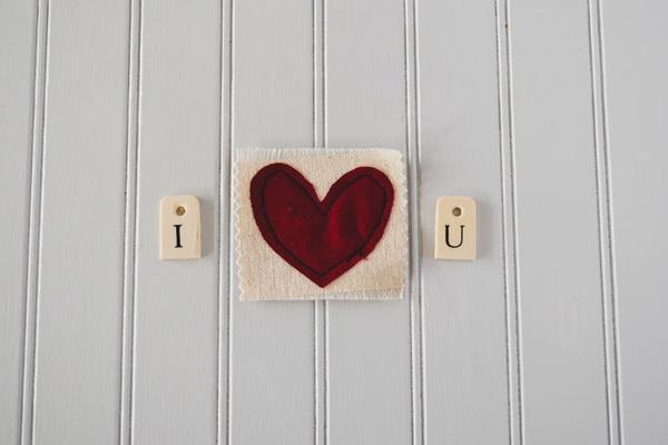Thần tình yêu gõ cửa, 3 chòm sao sau có tình yêu rực rỡ cuối tháng 3-1