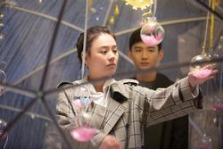 Quá khứ 'phim giả tình thật' của cặp đôi 'Hậu Duệ Mặt Trời' bản Trung