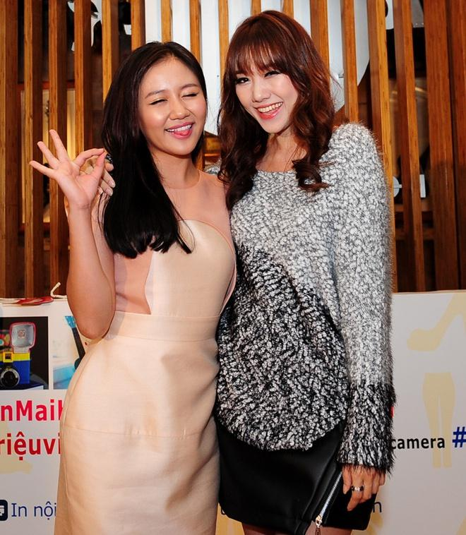 Văn Mai Hương gây lú trong bức ảnh chụp cùng Hari Won-4