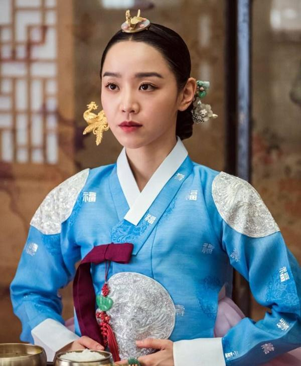 Shin Hye Sun bị tẩy chay vì đóng Mr. Queen-5