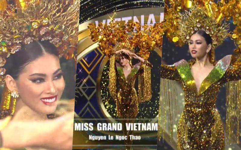 Toát mồ hôi Quốc phục khổng lồ của người đẹp Việt đi thi quốc tế-1