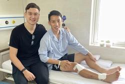 Văn Lâm bất ngờ trở về Việt Nam, có hành động ấm lòng với Hùng Dũng