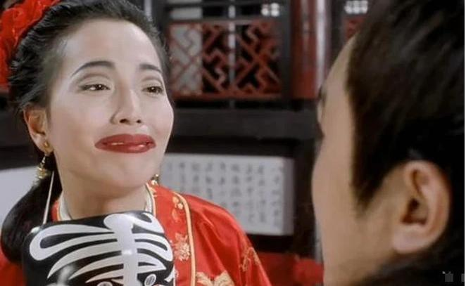 Mỹ nhân Châu Tinh Trì: Vào viện tâm thần vì sắp mặc váy cưới thì hôn phu mắc bệnh-3