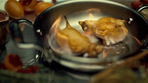 Những món ăn gây tranh cãi vì khâu chế biến quá kinh dị, tàn nhẫn-6
