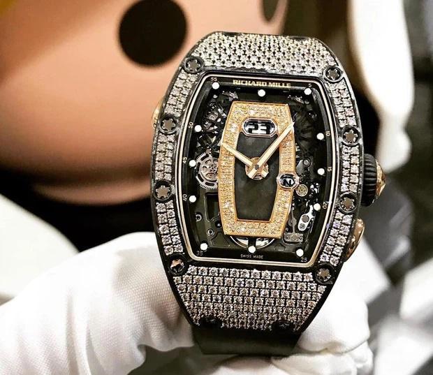 Minh Nhựa tậu đồng hồ hơn 7 tỷ tặng vợ hai-2