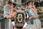 Minh Nhựa tậu đồng hồ hơn 7 tỷ tặng vợ hai