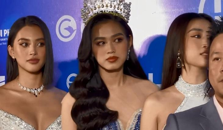 Đỗ Hà - Tiểu Vy - Mỹ Linh: Ai đẹp nhất qua camera thường?-6