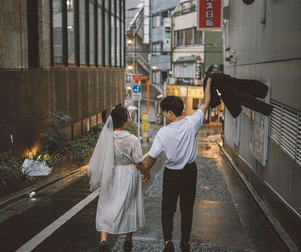 Cặp du học sinh Việt tại Tokyo chớp bộ ảnh cưới tuyệt đẹp dưới cơn mưa-9