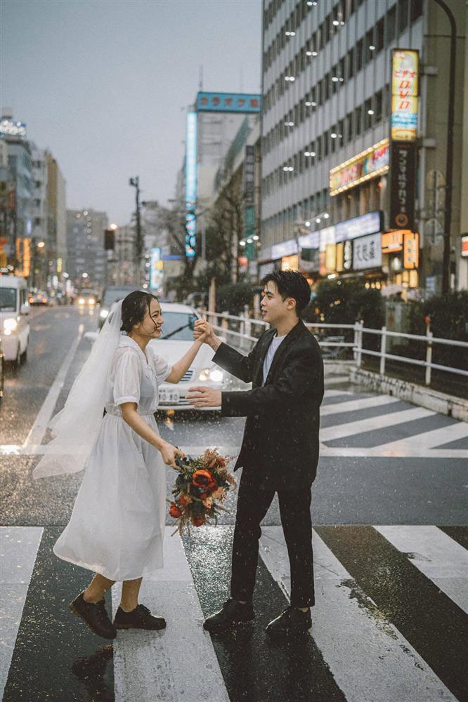 Cặp du học sinh Việt tại Tokyo chớp bộ ảnh cưới tuyệt đẹp dưới cơn mưa-14