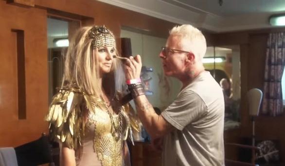 Britney Spears thực sự khóc 2 tuần vì bộ phim vạch trần số phận bi thảm?-2