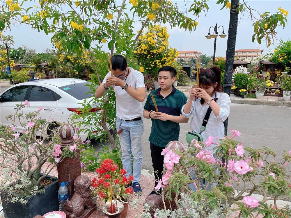 Dàn sao Việt tưởng nhớ 2 năm ngày Anh Vũ qua đời-5