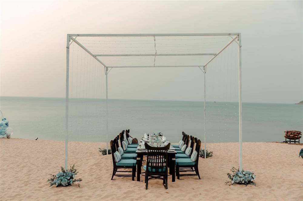 Sinh nhật Lệ Quyên trên bãi biển: Lâm Bảo Châu chiếm spotlight-7