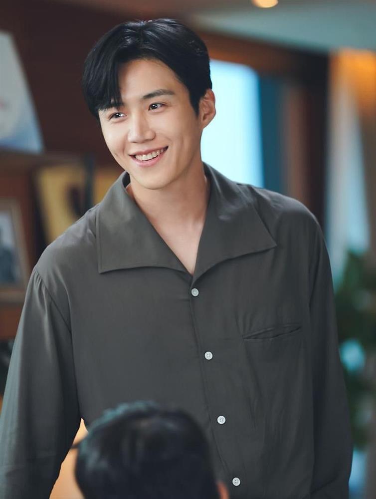 Chị đẹp Shin Min Ah tái xuất drama mới bên trai đẹp Start-Up-5