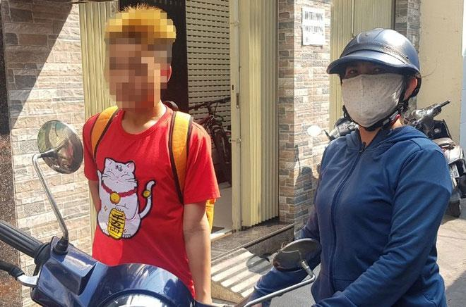 Vụ 2 thiếu niên bị bảo vệ dân phố tra tấn: Em xin chú ấy không tha-2