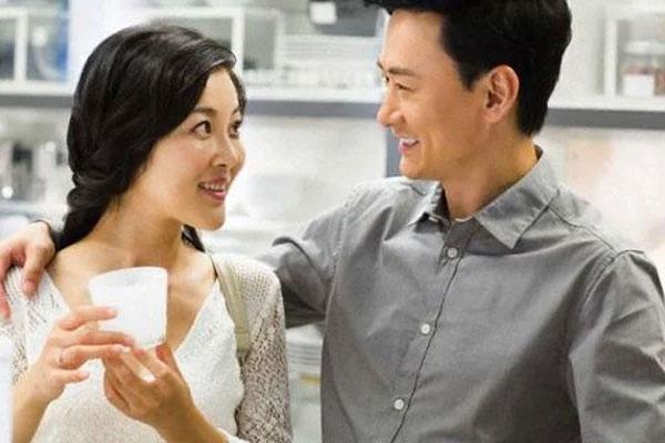 Vợ chồng chung sống hòa thuận cần làm giỏi 3 nhiều và 3 ít-1