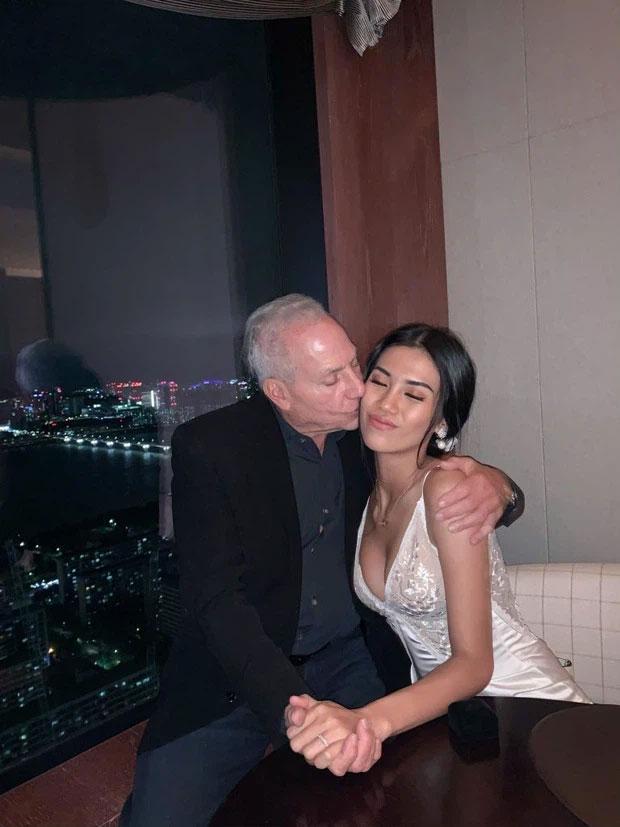 Gái Việt 27 úp mở tìm được đại gia mới sau khi chia tay tỷ phú 73-3