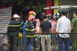 Hà Nội: Hai nạn nhân vụ cháy được tìm thấy trong đống đổ nát tại tầng tum