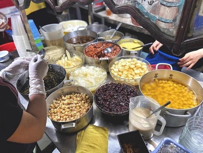 5 quán lề đường Sài Gòn đi ăn là dễ gặp người nổi tiếng như chơi-9