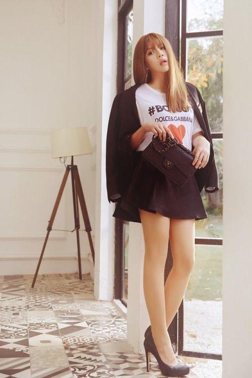 Không chỉ Hoài Linh, Duy Khánh cũng sở hữu chân nuột khó tin-7