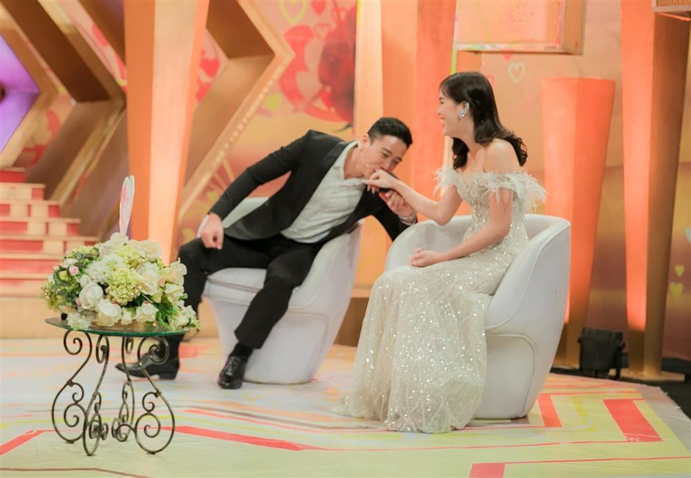 Diễn viên Linh Sơn quen vợ qua ứng dụng hẹn hò, yêu sau 1 tuần gặp-2