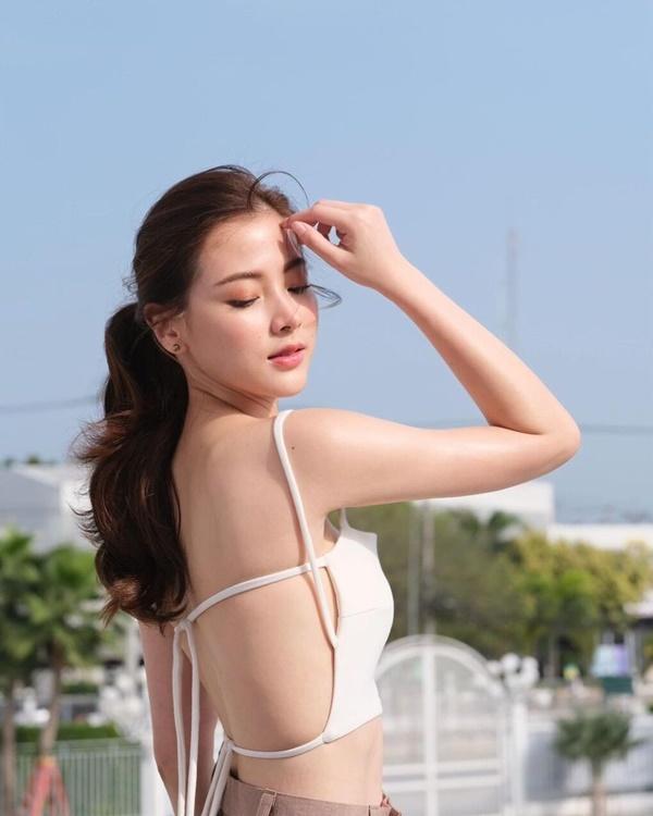 Học mỹ nhân Thái cách phối đồ mát mẻ chuẩn xu hướng hè 2021-5