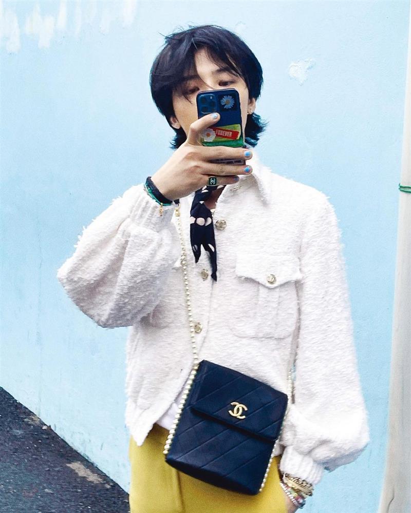 GD ngầu bá cháy trên bìa tạp chí, netizens lập tức truy tìm Jennie-13