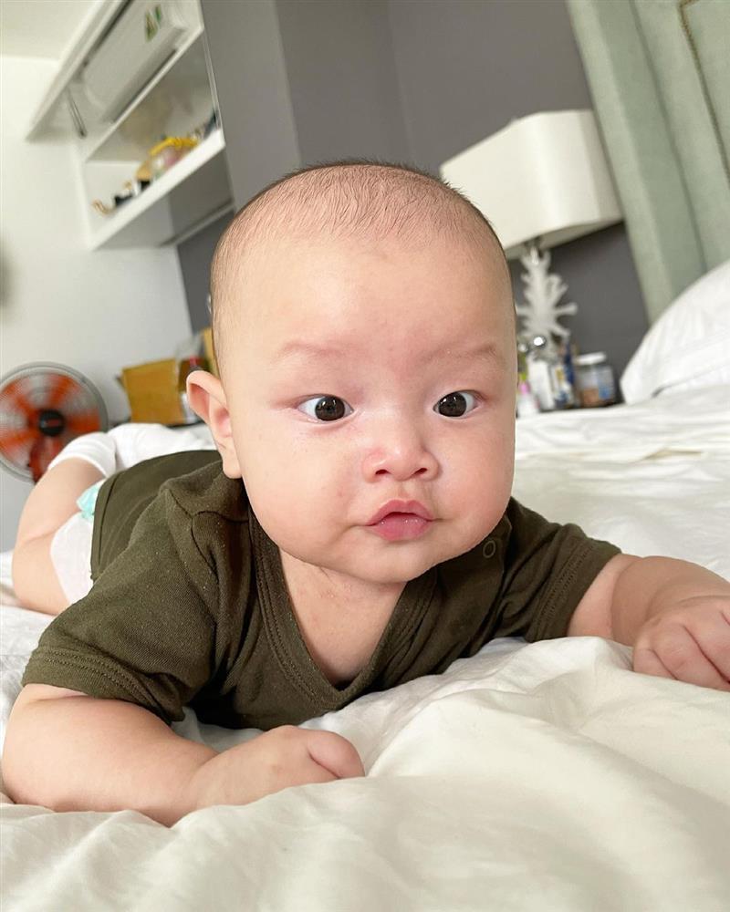 Kim Lý hiếm hoi nhận xét ngoại hình con trai ruột-3