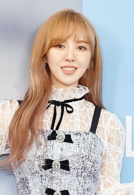 Wendy Red Velvet mặt hơi nhựa vẫn hút fan nhờ visual kịch độc-1