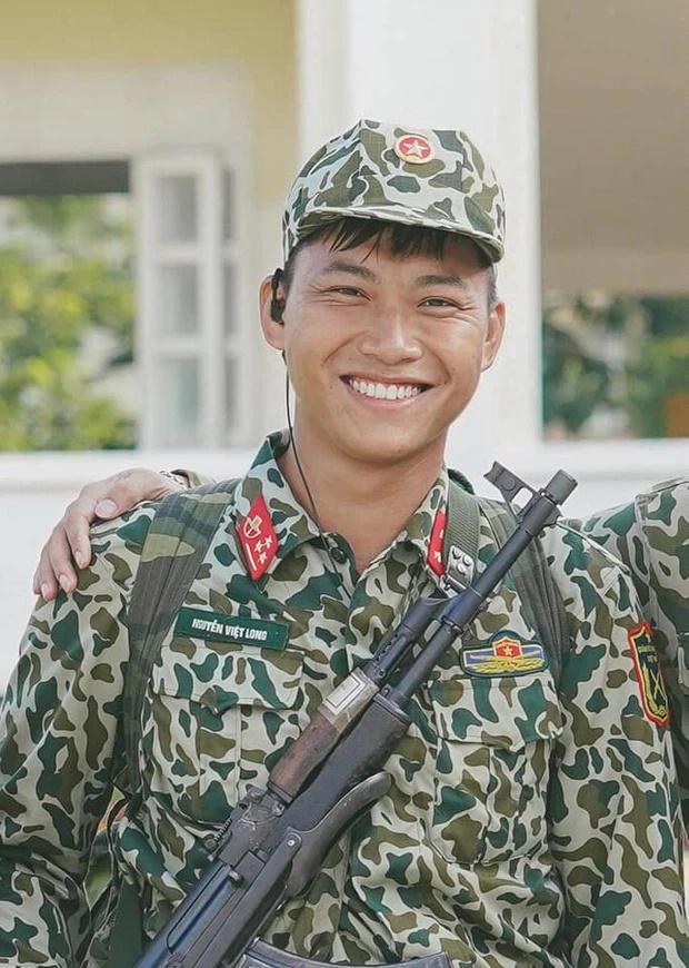 Xuất hiện Mũi trưởng Long phiên bản Hàn Quốc cực điển trai-1