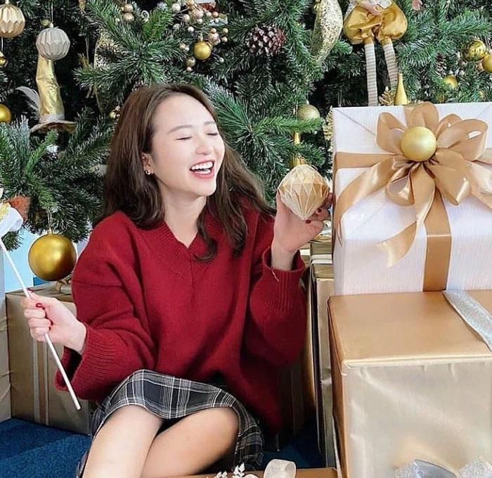 Nhan sắc vợ Xuân Trường sau 3 năm xát muối lòng fans-4