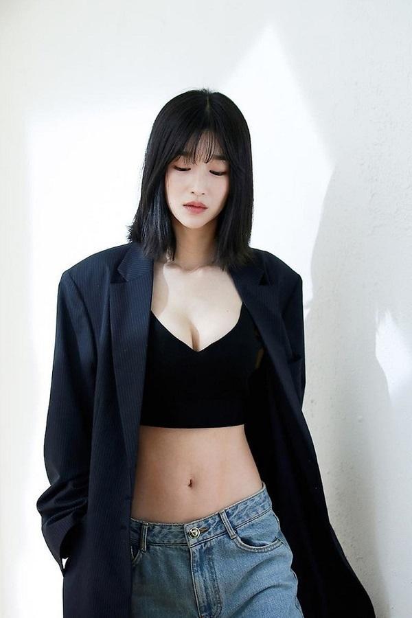 Bí mật màn ảnh chưa kể về đóa hoa nở muộn Hàn Seo Ye Ji-3
