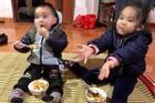 2 chị em bị bỏ rơi ở Hà Nội: Người bố trong khai sinh quyết không nhận con