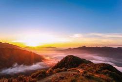 Biển mây trong veo xuất hiện ở Trung Quốc