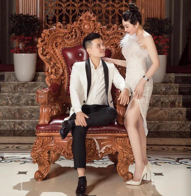 Cô dâu Nam Định khoe anh xã tặng đồng hồ giá bằng căn chung cư-1