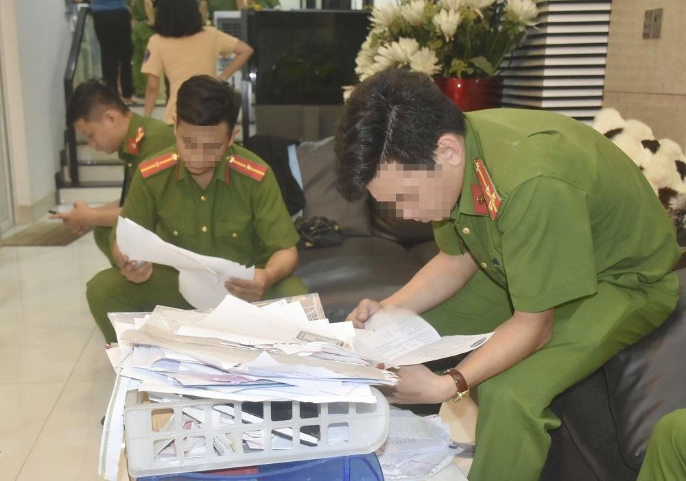 Vợ nam diễn viên Kinh Quốc bị bắt vì cho vay nặng lãi-3