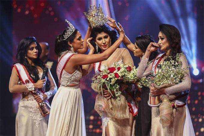 Người giật vương miện Hoa hậu Quý bà Sri Lanka bị bắt-1