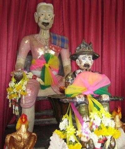 Búp bê Kumanthong: Đồ chơi ma quái thành niềm tin mù quáng nhiều người-3