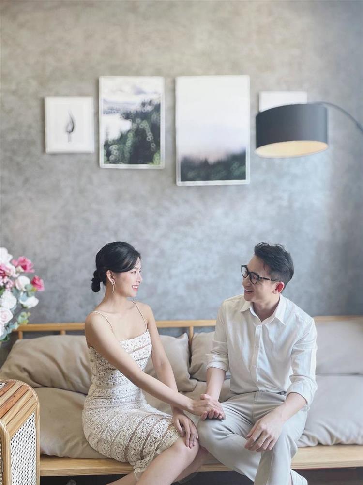 Lộ diện thiệp cưới của Phan Mạnh Quỳnh sau khi chơi trò Cá tháng 4-2
