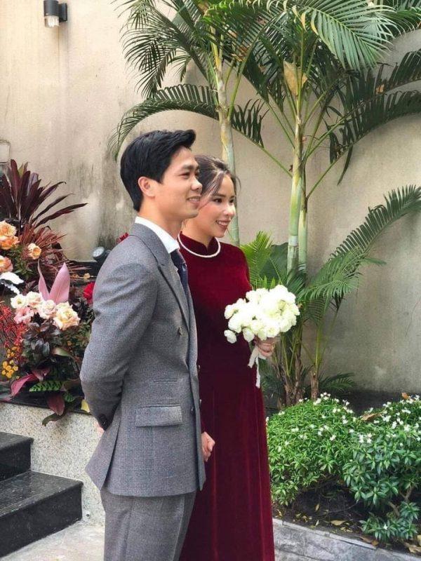 Cô dâu Xuân Trường diện áo dài đỏ, độ lồng lộn thua xa vợ Duy Mạnh-7