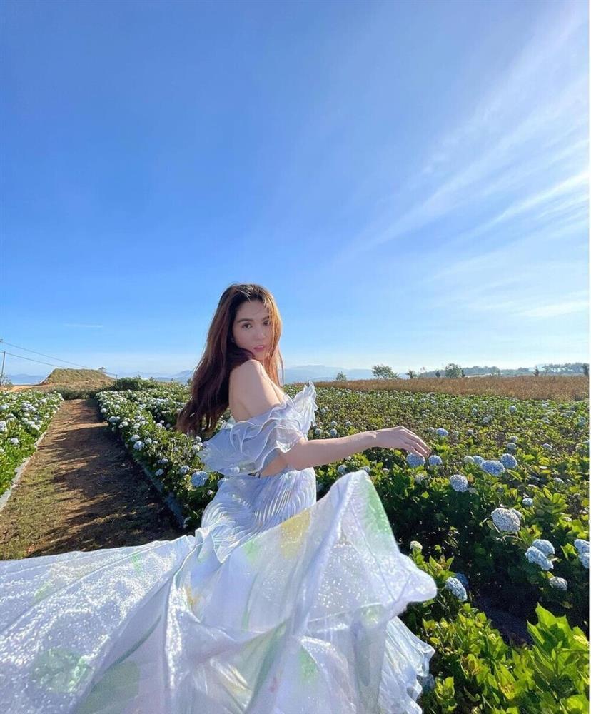 SAO MẶC ĐẸP: Mẹ ba con Hồ Ngọc Hà hóa công chúa chiếm spotlight-5