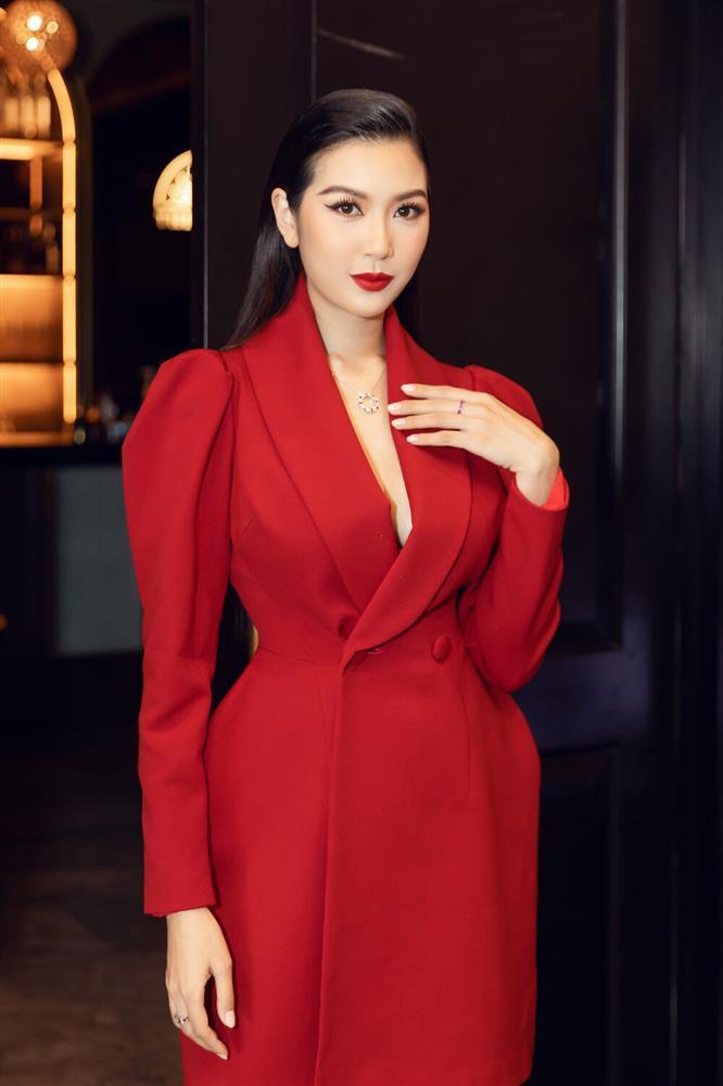 SAO MẶC ĐẸP: Mẹ ba con Hồ Ngọc Hà hóa công chúa chiếm spotlight-10