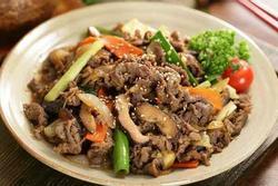 Thịt bò xào nấm đổi vị cho bữa cơm cuối tuần