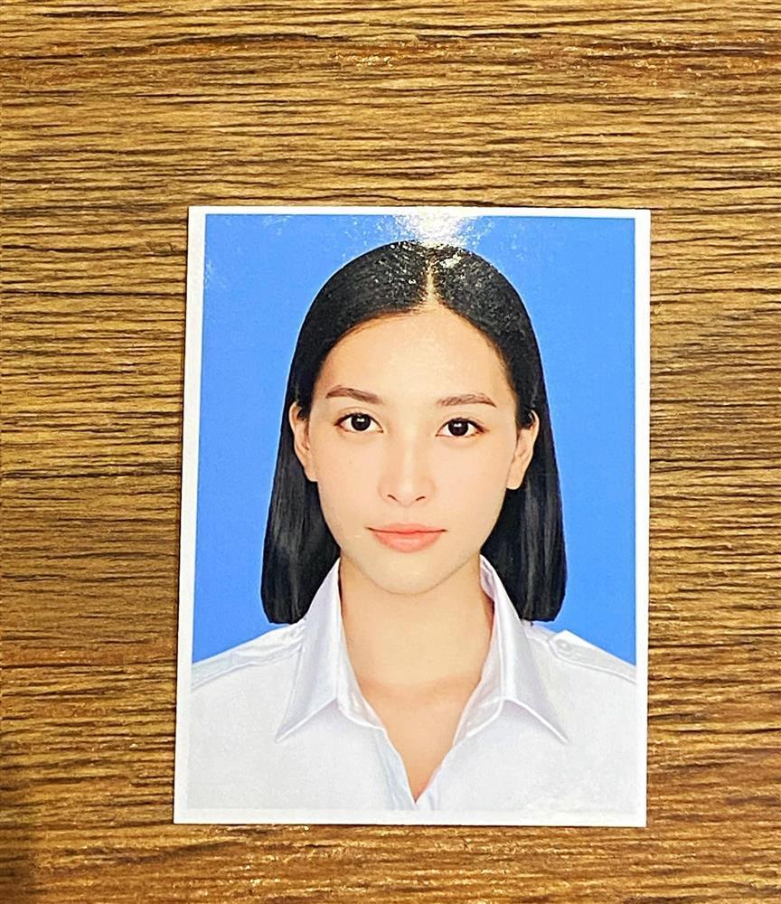 Tiểu Vy gây sốt với ảnh thẻ đúng chuẩn hệ Hoa hậu-2