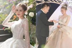 Cô dâu mặc váy 28 tỷ khoe được thưởng 1 khách sạn nếu sinh quý tử